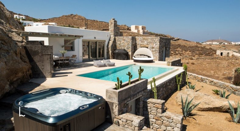 Villa Achilles for sale in Mykonos