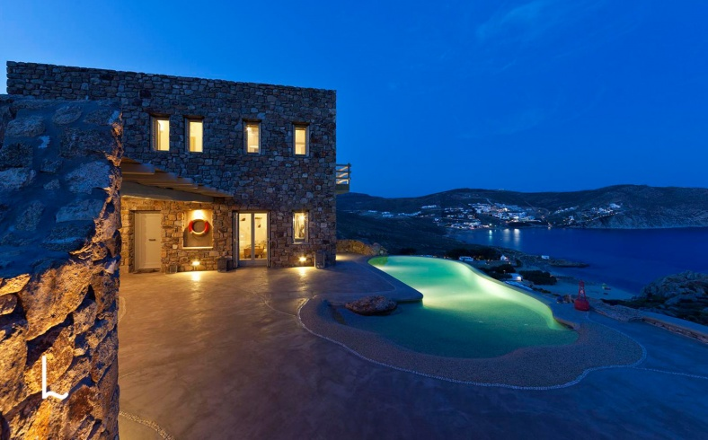 Villa Antigone for sale in Mykonos