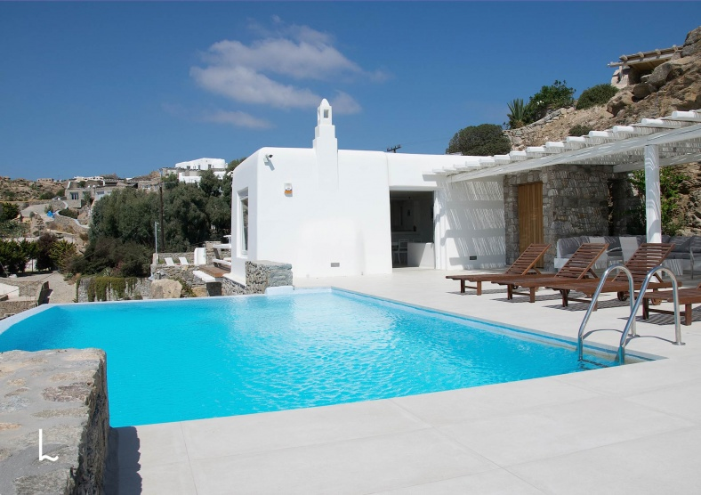 Villa Orfeas for rent & for sale in Mykonos