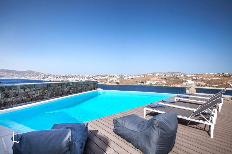 Villa Penelope for rent in Mykonos