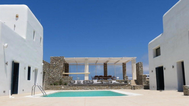 Villa Terpsichore for rent and for sale in Mykonos