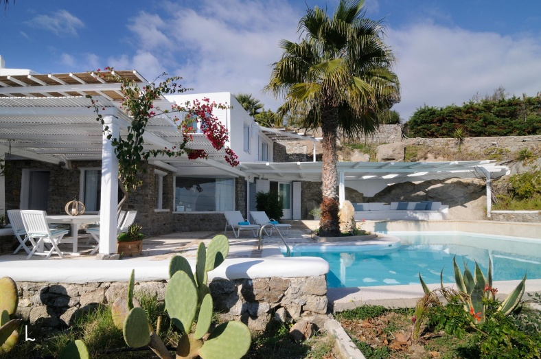 Villa Daphni for rent in Mykonos